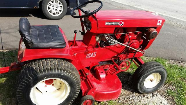 wheel horse 1045 wheel horse tractors redsquare wheel horse forum rh wheelhorseforum com Wheel Horse by Years Wheel Horse Charger