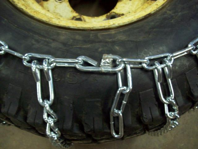 instructions on how to install tire chains wheel horse tractors redsquare wheel horse forum. Black Bedroom Furniture Sets. Home Design Ideas