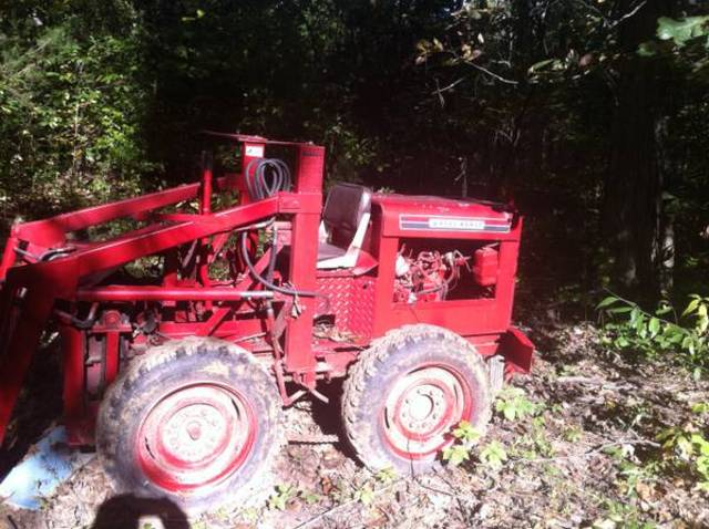 What is this Wheel Horse Tractors RedSquare Wheel