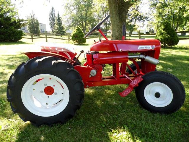 Wheel Horse Tractors : Suburban basket case page restorations