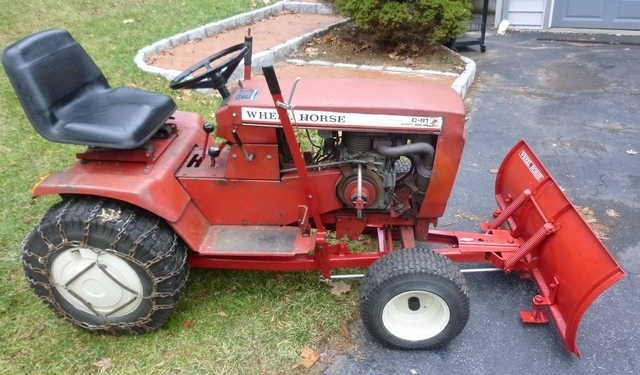 Wheel Horse Tractor Engines : Looking for some parts wheel horse tractors redsquare