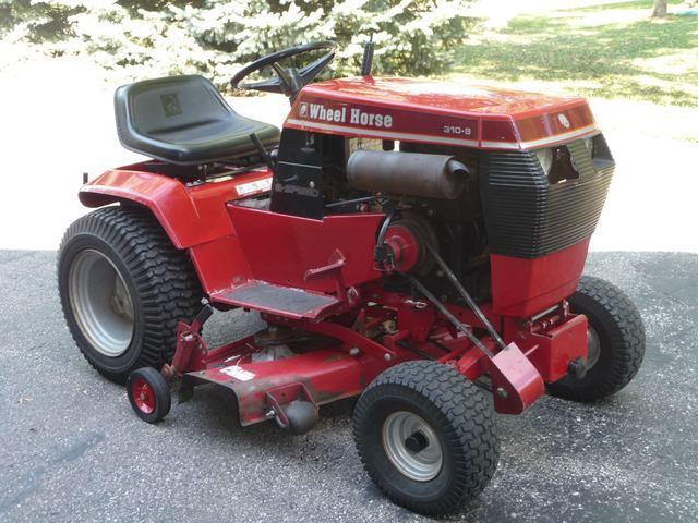 Wheel Horse Tractor Attachments : Wheel horse with many attachments