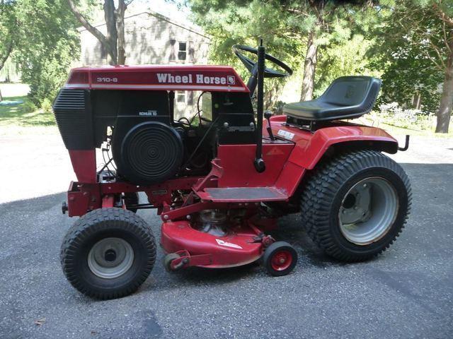 Wheel Horse Tractor (5).jpg