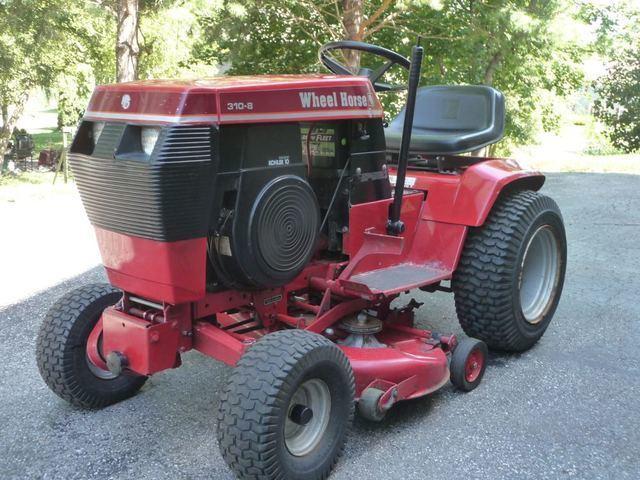 Wheel Horse Tractor (7).jpg
