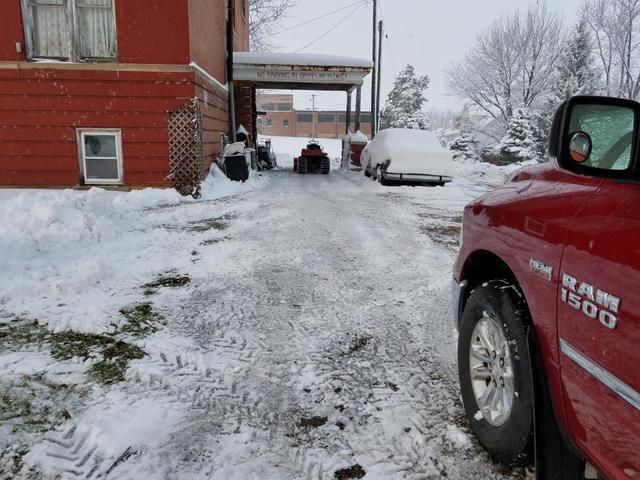D snow duty 12-04-16 2.jpg