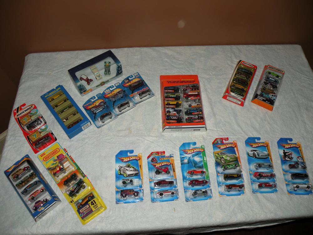 Matchbox and Hot Wheels Cars 101.JPG