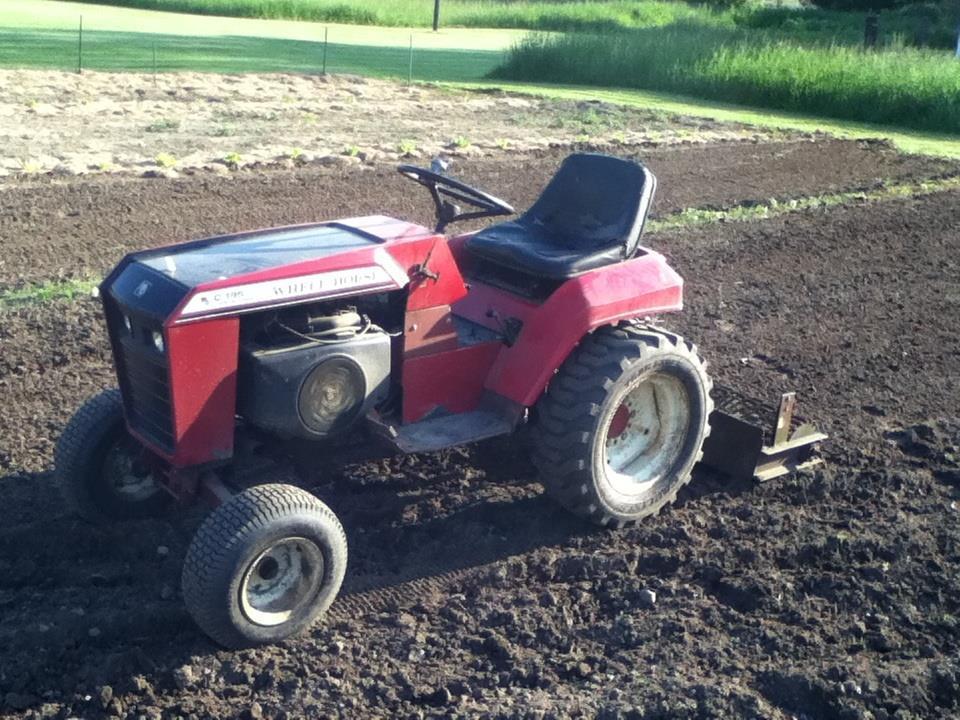 White Tractor Fenders : C fenders wheel horse tractors redsquare