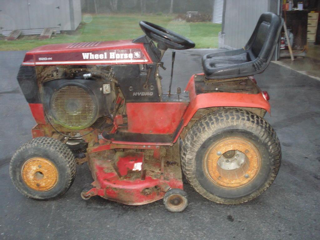 1988 wheel horse 520H 9-17-2017 001.JPG