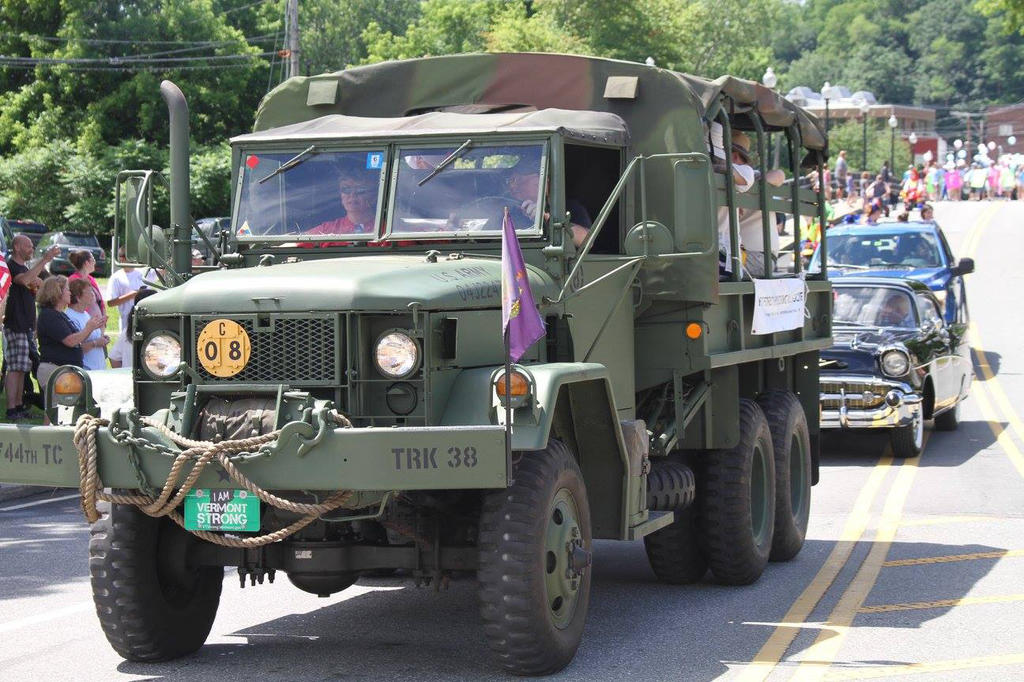 Army truck in parade June 24 2017.jpg