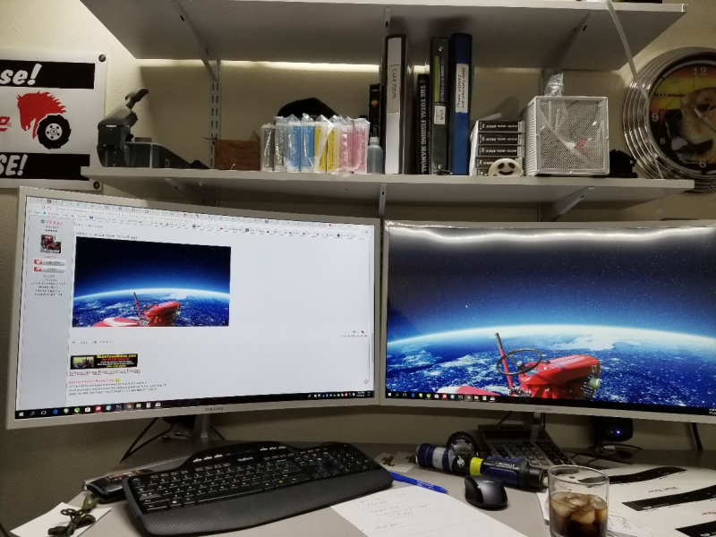5a7b4e66435ae_dualmonitors.png.b5ca9f376d671218f5eeea3b5d736f69.png