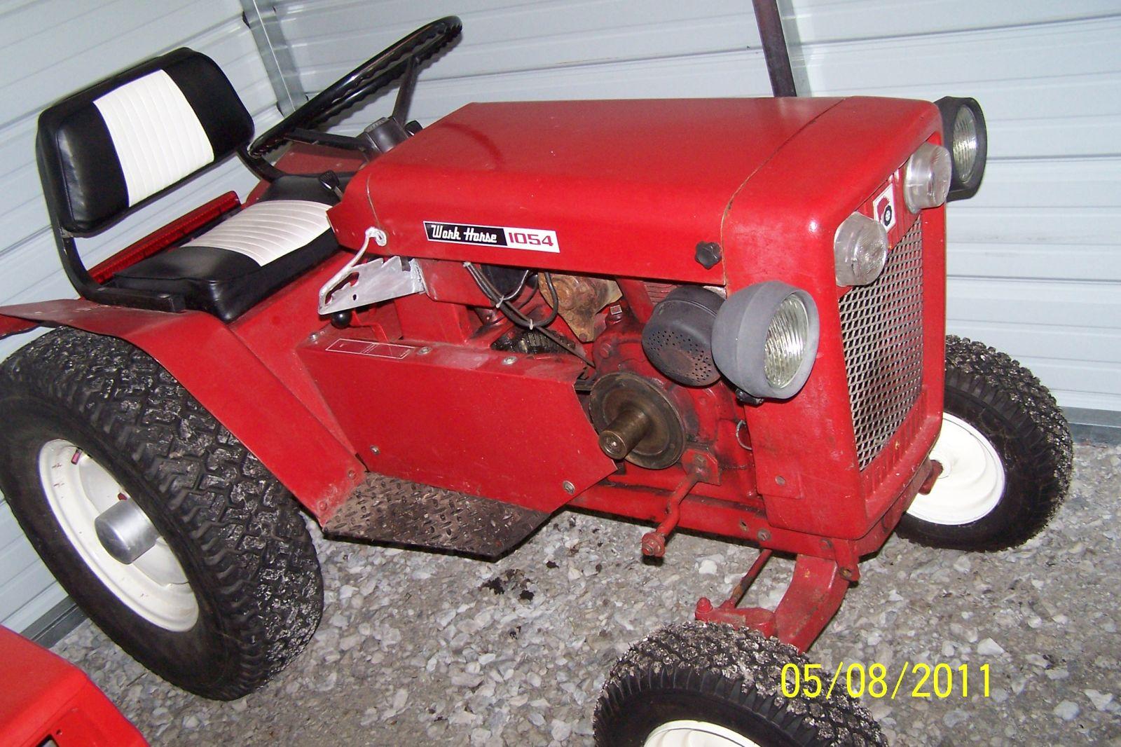 1964 Wheel Horse 1054 Tractor