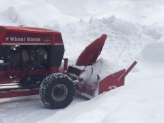 my 212-6 blowing some snow