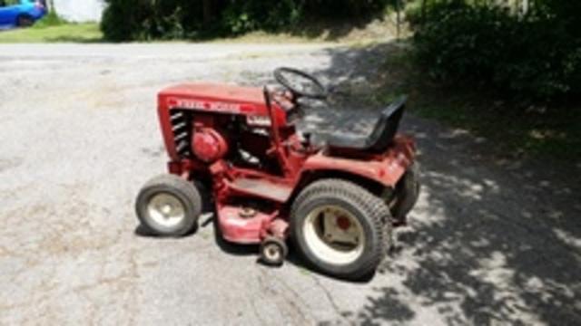 1976 Wheel Horse   B - 60 Tractor