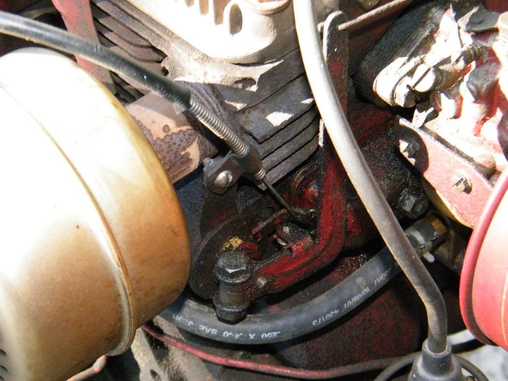 Throttle Linkage Adjustment K181 - Engines - RedSquare Wheel Horse Forum