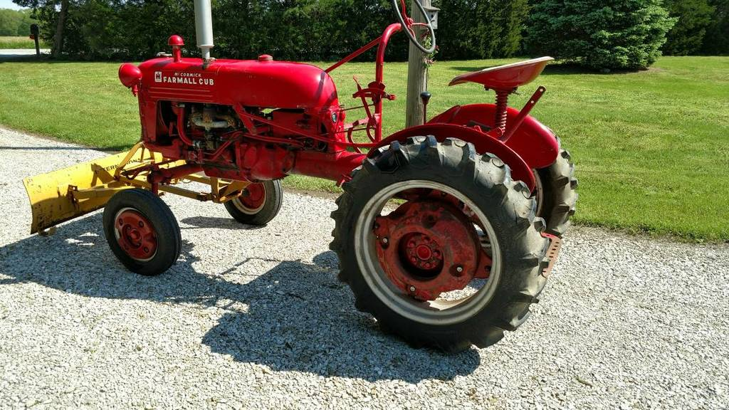 May Trade for a Farmall Cub - other brands - RedSquare Wheel