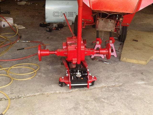 3rd removal of wheel horse tranny 002.JPG