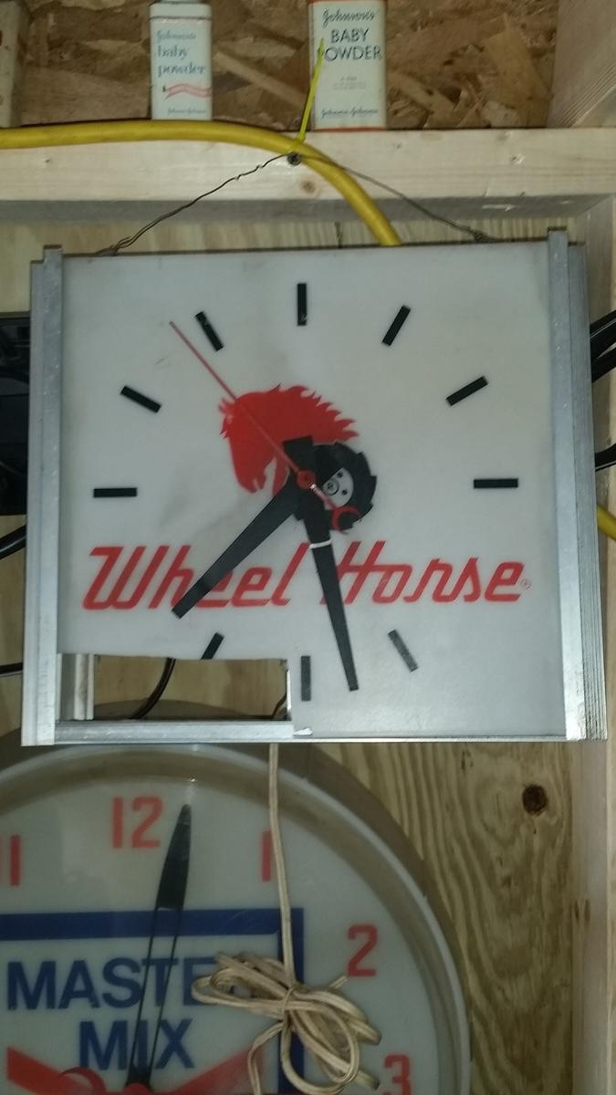 Horse SIgn and clock