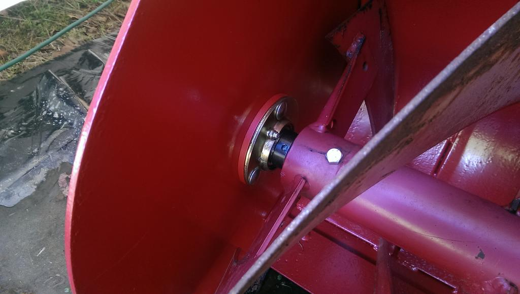 Gear Oil level in 2 stage blower gearbox  - Implements and